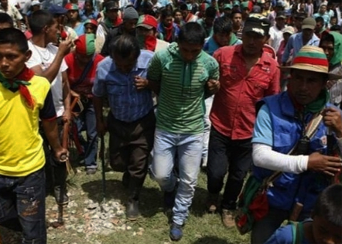 Indigenas del Cauca ponen en la raya a disidentes de las Farc