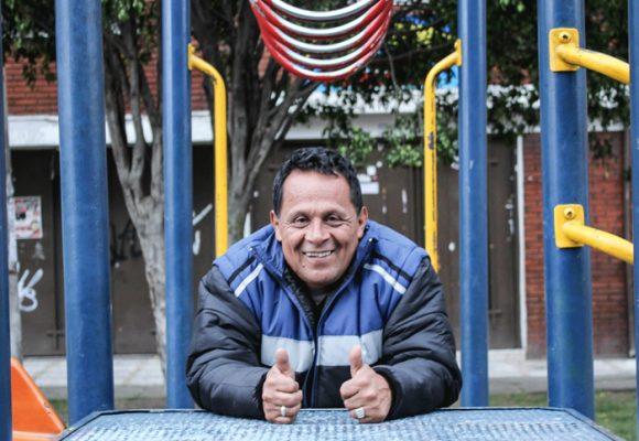 Caracol TV pondrá a Lucho el embolador como concejal de nuevo