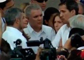 Guaidó rompe el cerco chavista y le gana a Maduro