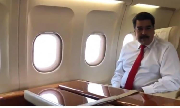 Maduro necesita un lugar caliente y en español