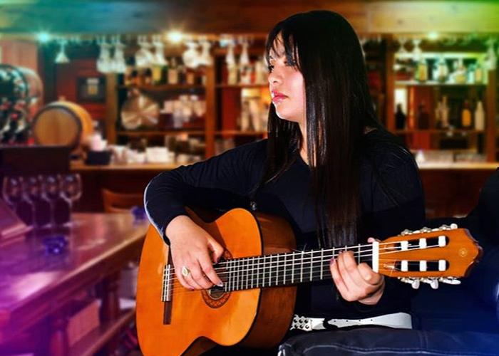 Yess Jurado, entre la música popular y la Universidad de los Andes