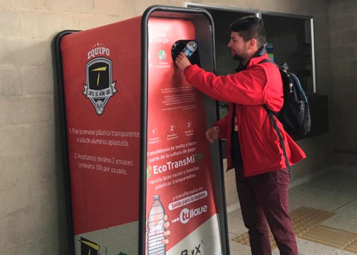 Reciclaje por recargas: la apuesta ambiental de TransMilenio