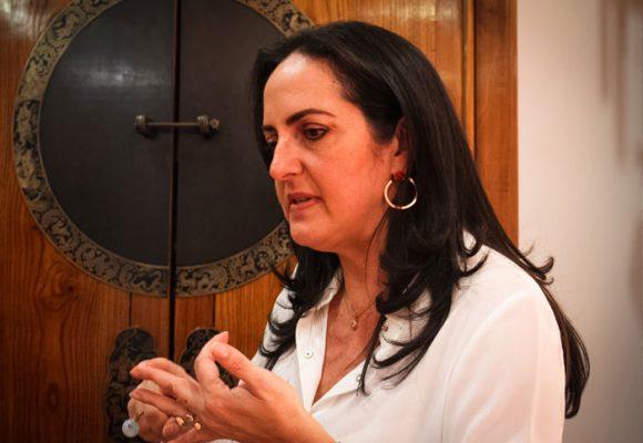 Como van las cosas, nuestra historia terminará narrada por María Fernanda Cabal
