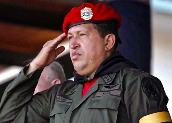 Hugo Chávez murió como vivió