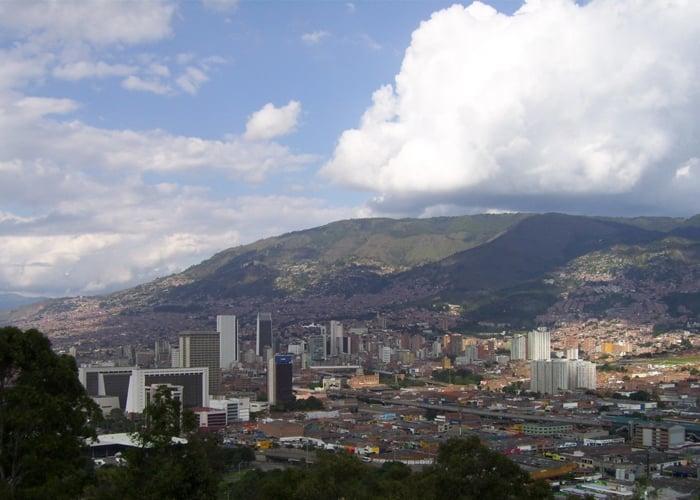 Las torpes medidas para sortear la crisis ambiental en Medellín