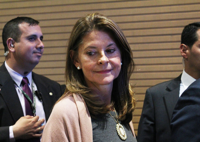 En Colombia, faltan mujeres en política