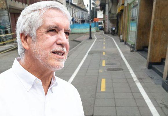 La chambonada de Peñalosa con la cicloruta de Bogotá