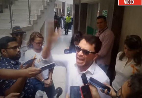 La desesperada protesta de Carlos Caicedo reclamando justicia en Santa Marta