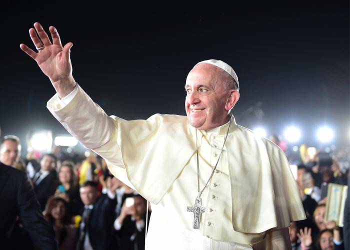 Un memorándum para los hipócritas que quieren crucificar al papa