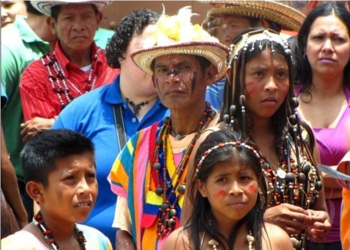 Glifosato mata a dos niños indígenas en Santander
