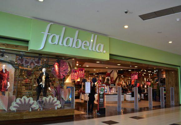 Aclaración de Falabella a queja de una cliente