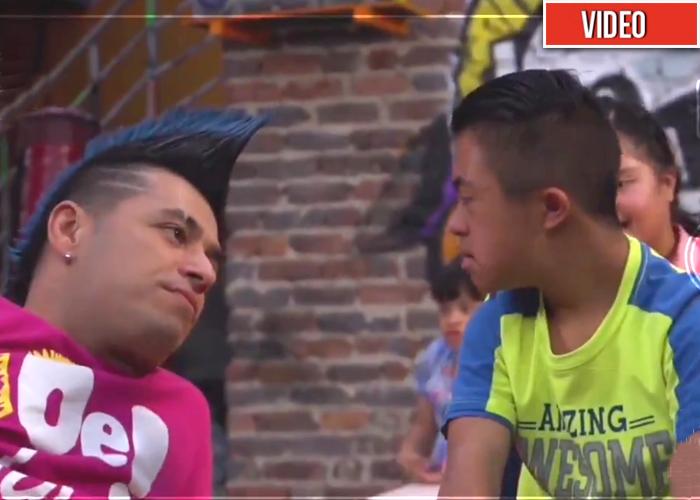 El video que prueba que Santiago Alarcón es la estrella más humana y sencilla de la televisión