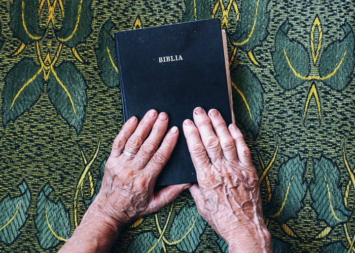 La Biblia, un libro lleno de irracionalidad y disparates que pocos realmente conocen