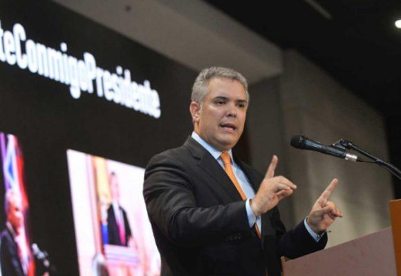 """500 empresarios respaldan a Duque en la """"paz sin impunidad"""""""