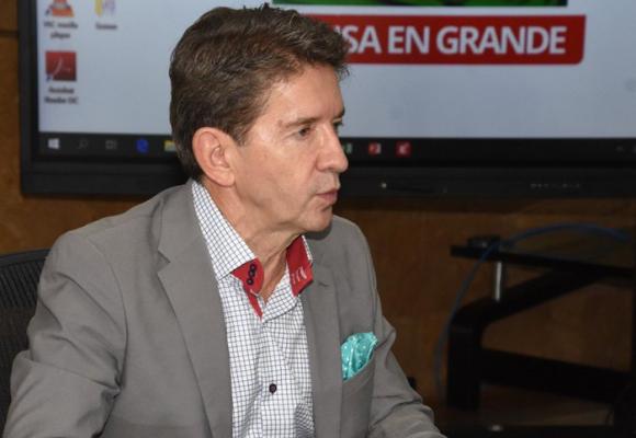 Gobernador de Antioquia, no envíe más mensajes errados al pueblo
