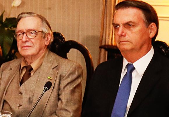 Olavo, el adivino que consulta Bolsonaro