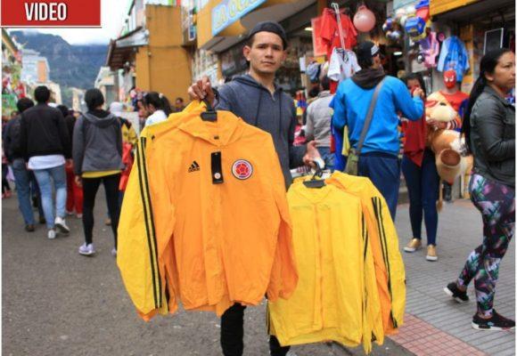 El jugoso negocio de las camisetas piratas de la selección Colombia