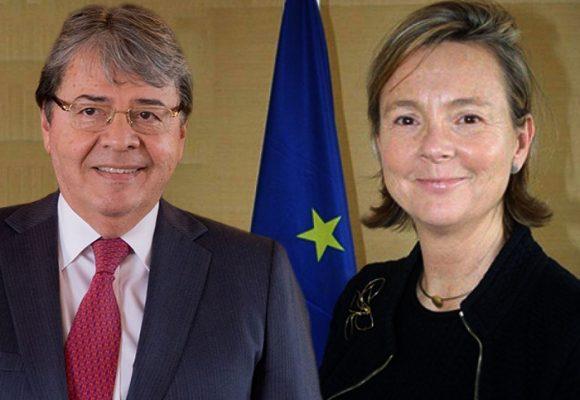 Lupa de Holmes a la cooperación internacional y las visitas a terreno