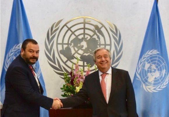 El viejo chaleco que el Defensor del Pueblo le dejó al Secretario de la ONU