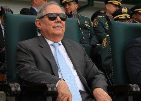 Con aplastante votación Guillermo Botero se queda en MinDefensa