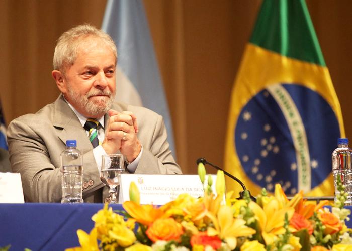 El montaje contra Lula empieza a desmoronarse