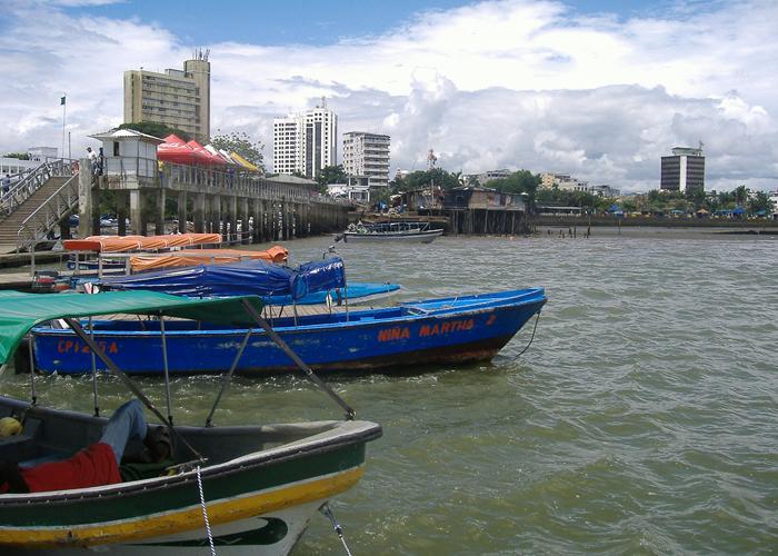 Si al puerto de Buenaventura le va tan bien, ¿por qué sus habitantes la pasan tan mal?