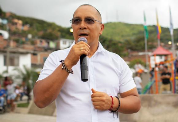Al alcalde Bejarano le quedó grande la transformación de Yumbo