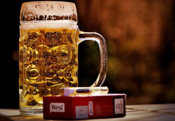 Alcoholismo y drogadicción: la terrible banalización de un problema social