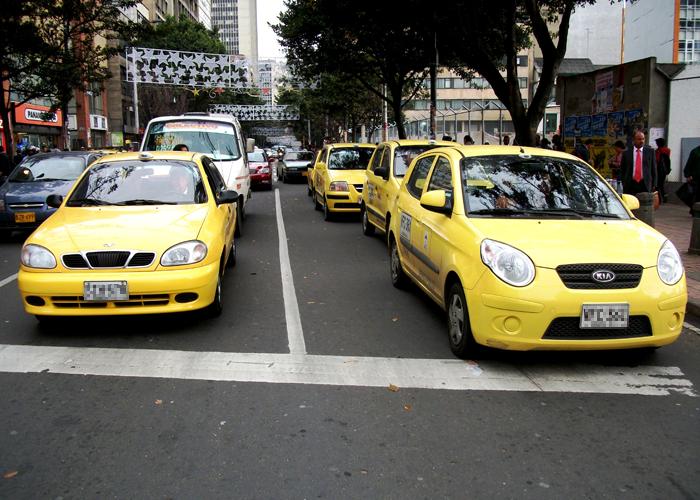Los abusos de los taxistas que cansaron a la gente