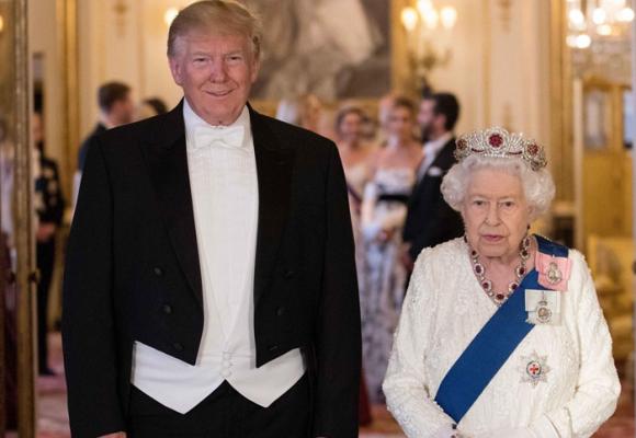 ¿Qué hacía Trump en Inglaterra?
