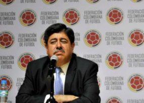 La deuda de Luis Bedoya en Colombia