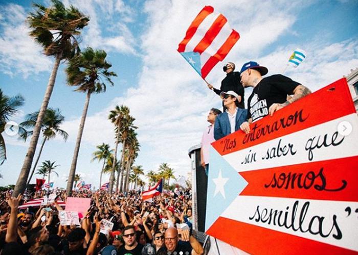 Residente, Bad Bunny y Ricky Martin lideran protestas en Puerto Rico