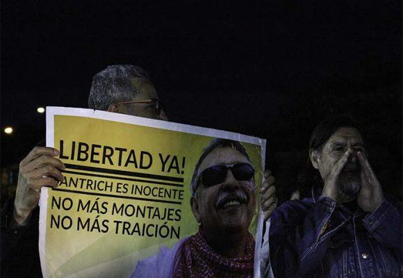 La vieja relación del chileno Daniel con Santrich, que le aseguró su escapada