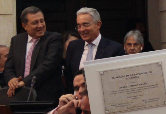 Despedida de Macías con honores a su jefe político
