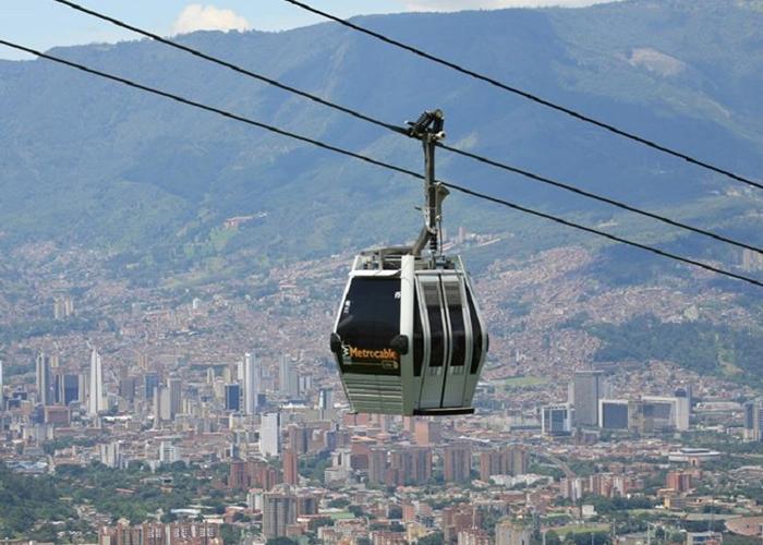 ¿Y las ayudas en Medellín qué?