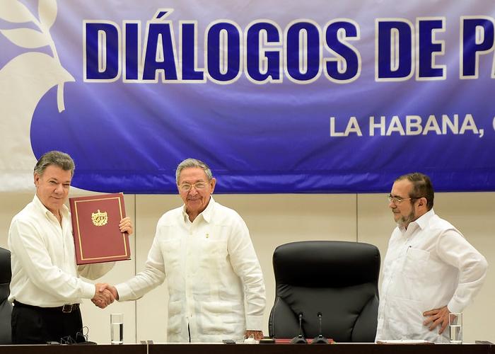 Un tratado firmado con las manos sucias
