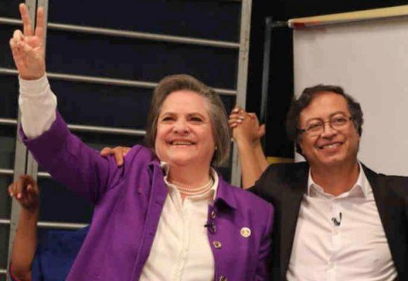 Clara López desiste de la alcaldía y encabezaría lista al Concejo