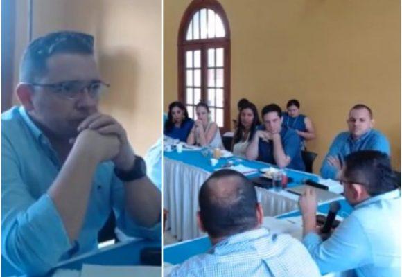 Los secretarios de Santa Marta nombrados por Andrés Rugeles pasan al tablero. VIDEO