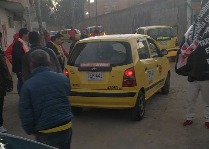 Por la grosería diaria de los taxistas, yo no apoyo el paro