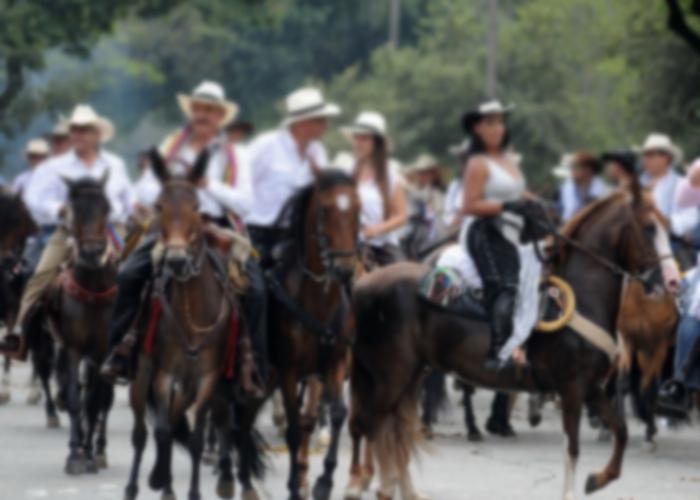 La feria más paraca de Colombia