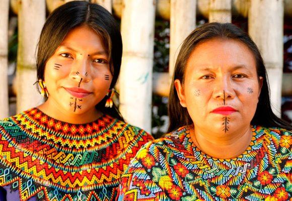 Las prendas indígenas que deslumbraron en Colombiamoda