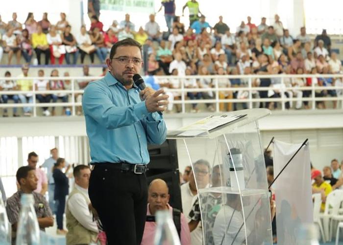 Crónica del regreso de Rafael Martínez a la alcaldía de Santa Marta