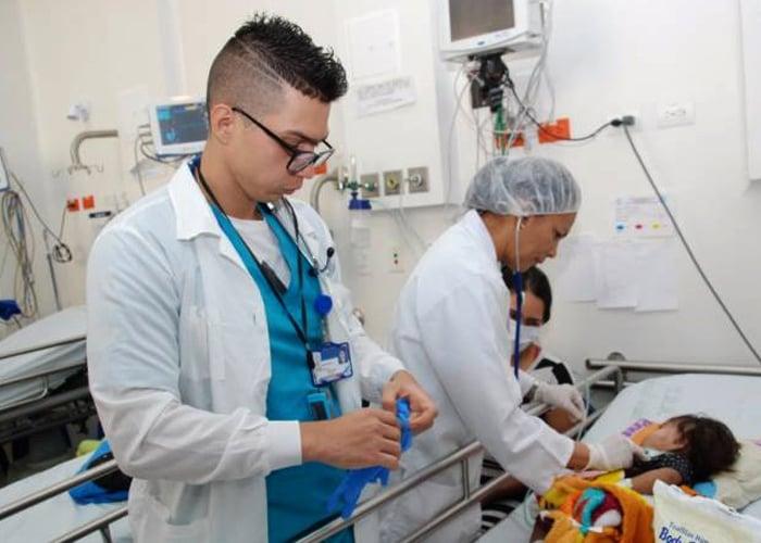 Médicos residentes del Valle, primeros en ser remunerados