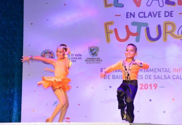 Semillero de talentosos bailarines de salsa
