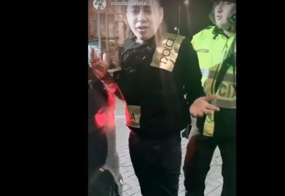 La grosería del youtuber Nicolás Arrieta con la policía. Video