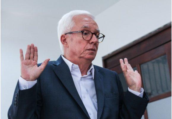 Los uribistas respiran por la herida: ahora piden la cabeza de Robledo