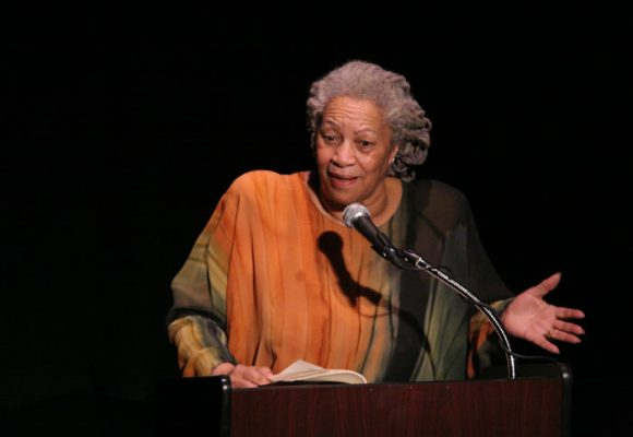 El discurso con el que la escritora Toni Morrison recibió el Nobel de Literatura