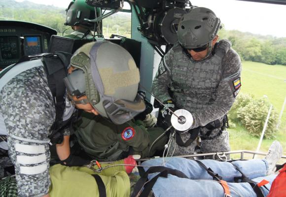Así es ser rescatista aéreo en combate
