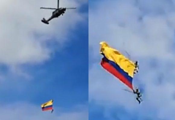 [VIDEO] Impactante caída de dos militares desde helicóptero en Medellín