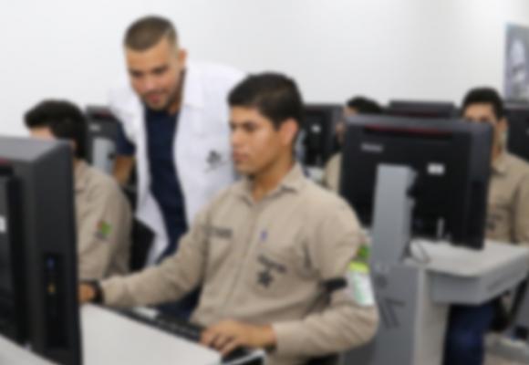 El irrespeto de los periodistas colombianos a los aprendices del Sena
